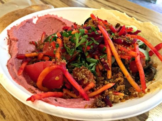 Tahaza Hummus Kitchen: Hummus Bowl