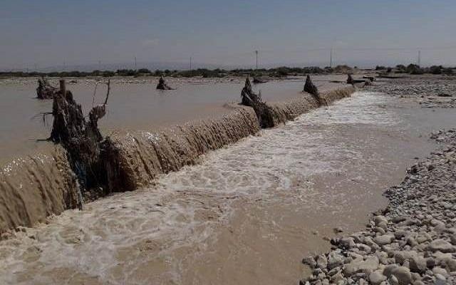 بالفيديو.. فيضانات تحاصر تلاميذ ضواحي الصويرة