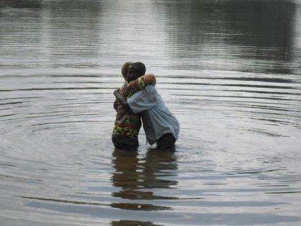 Timothy baptizin' sam
