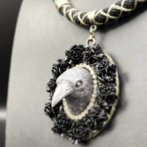 The Crow necklace