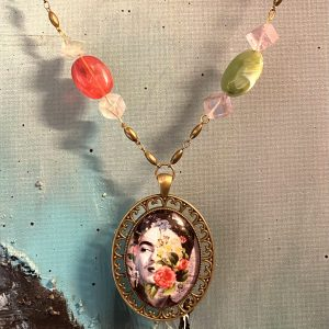 Frida spring Necklace