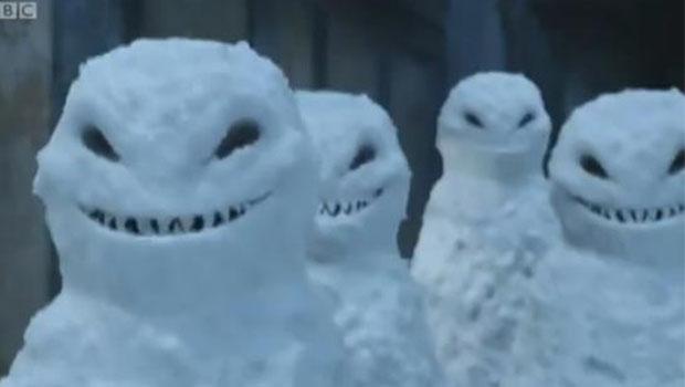 Os bonecos de neve mais assustadores que você já viu.