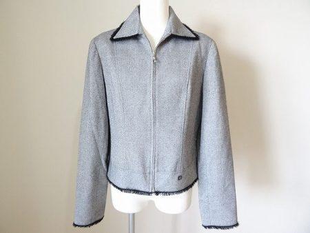 フリンジ調のデザインが素敵なピッコーネのジャケットを買い取りました
