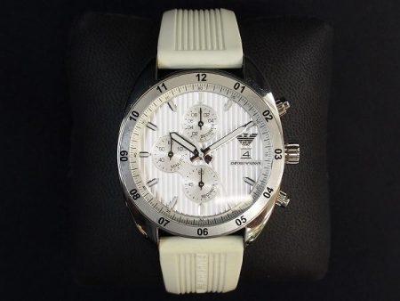 爽やかさと着用感抜群なエンポリオアルマーニのメンズ腕時計を宅配買取いたしました