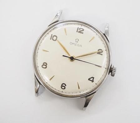 シルバーフレームにゴールドの針がシンプルでいて上品!オメガ OMEGAのアンティーク腕時計の本体を買取させて頂きました。