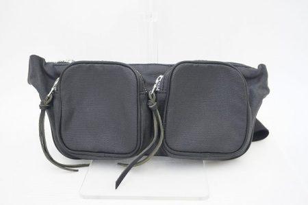 スマートな見た目でも収納性抜群、ビスビムのバッグを買取いたしました