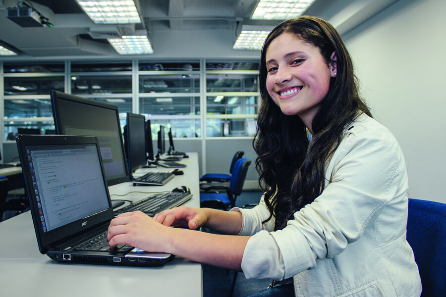 Educación en Medellín - Mujeres