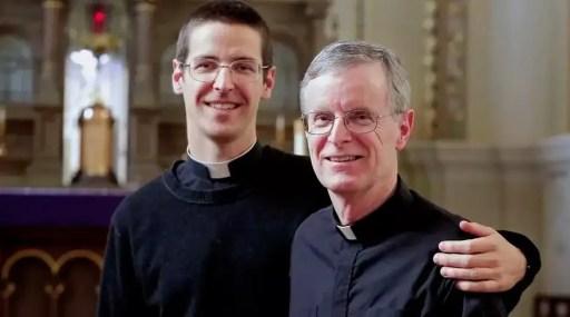 Padre e hijo serán ordenados sacerdotes en Estados Unidos