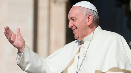 Resultado de imagem para papa francisco na colombia
