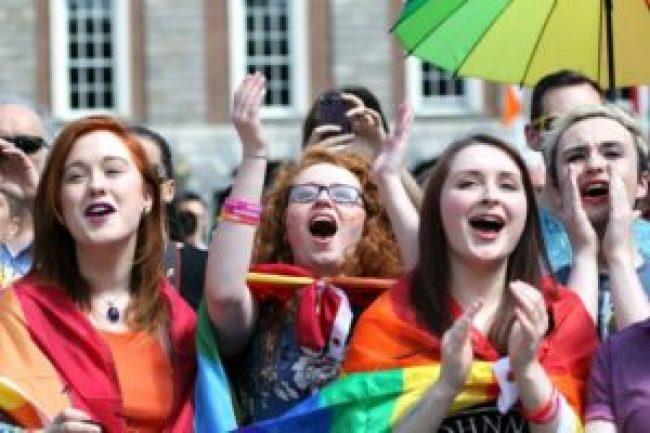 young-women-celebrate-ireland-marriage-referendum