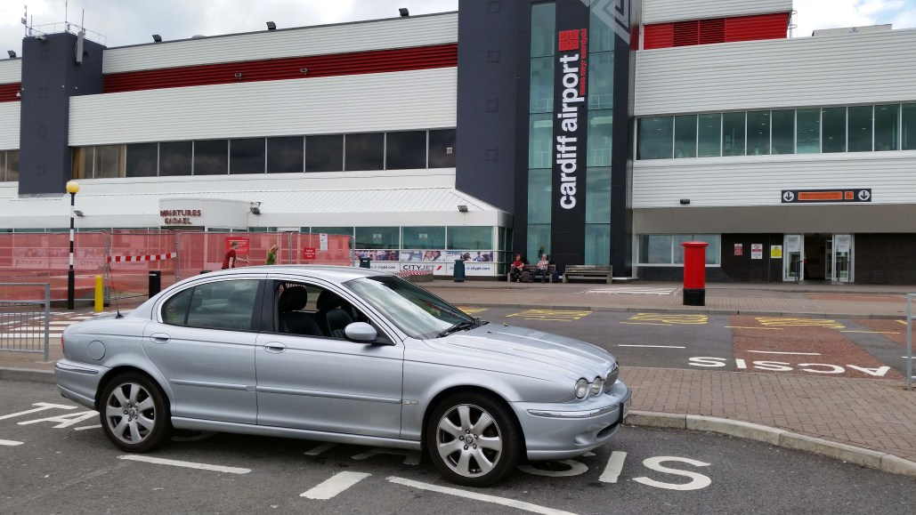 A Class Drivers Cardiff Airport Taxi