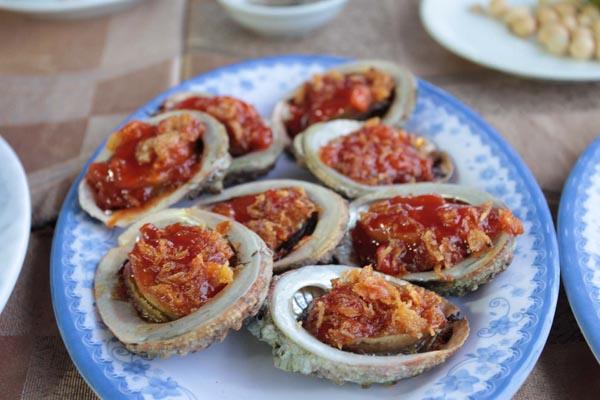 Follow me to Huế and Đà Nẵng to eat!!!!!
