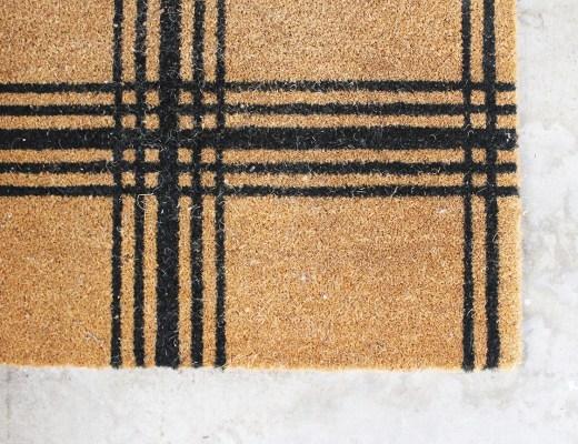 How to clean a doormat