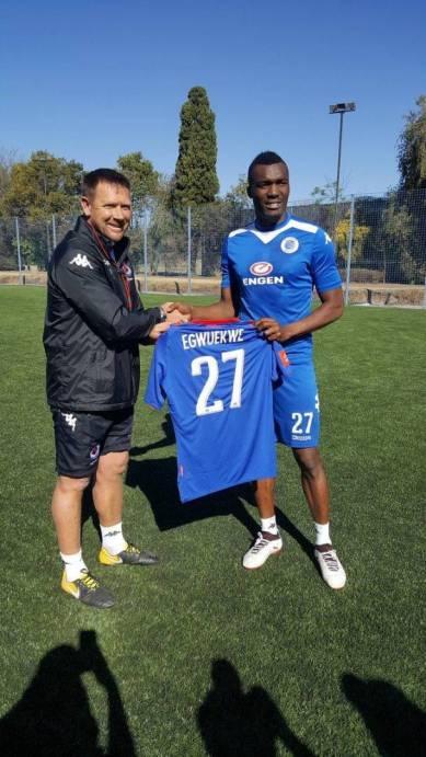 Super Sport United signs Nigerian international
