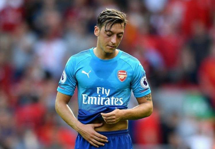 Mesut Ozil slams critics, refuses to commit to Arsenal