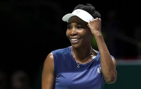 WTA Finals Day 7: Williams sets up final clash with Wozniacki
