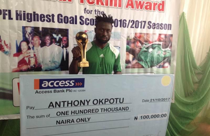 Okpotu receives topscorer prize from Rashidi Yekini Foundation