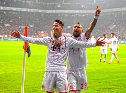 Bundesliga: Bayern extend lead with Leverkusen win