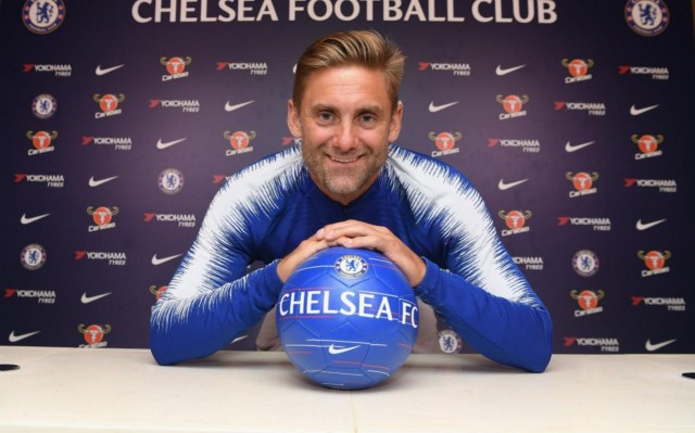 Premier League: Chelsea announce Robert Green signing