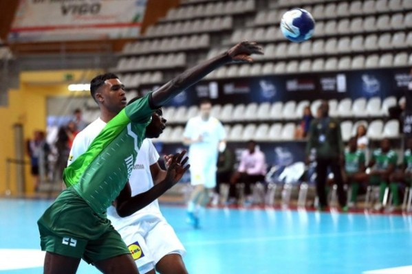 Handball World Championship: France batter Nigeria in Spain