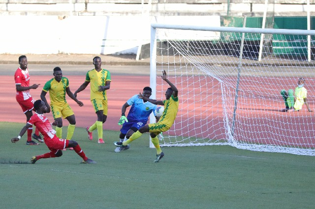 TotalCAFCL: Plateau United beaten Enyimba cruise