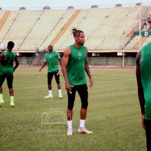 2022WCQ: Covid-19 knocks Ebuehi, Kalu out for Eagles