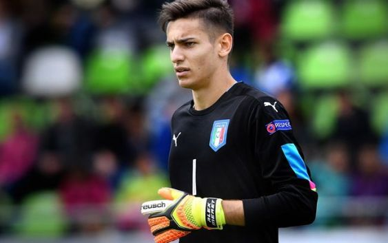 Two Goalkeepers To Replace Donnarumma Ac Milan News