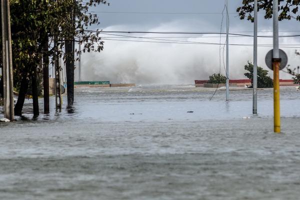 0910-inundaciones-habana3.jpg