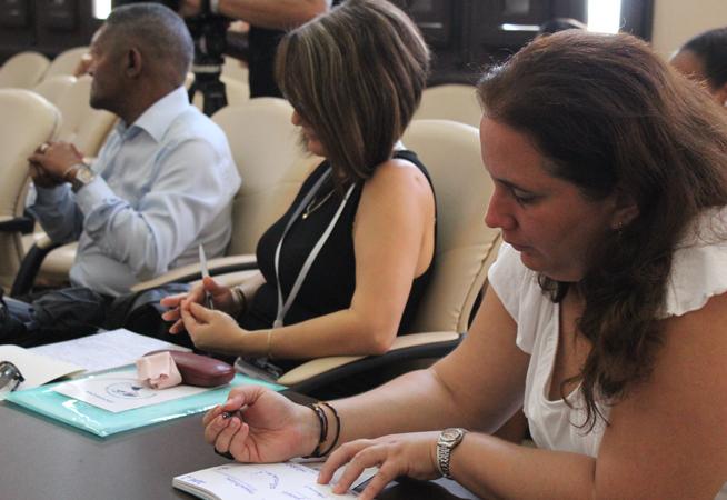 Con una mirada crítica desde la academia, investigadores y profesores de la Isla debaten durante dos días en la Conferencia de Estudios Hemisféricos y sobre EE.UU. 2018, sobre los procesos internos de Estados Unidos y su política exterior hacia Cuba.Unidos