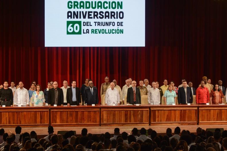 0718-graduacion-medicos5.jpg