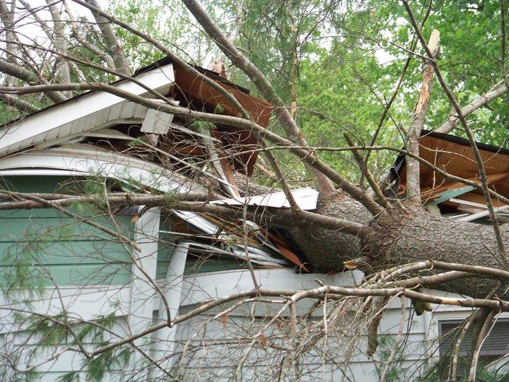 Living Through the Deadly Tornado Super Outbreak of April 2011