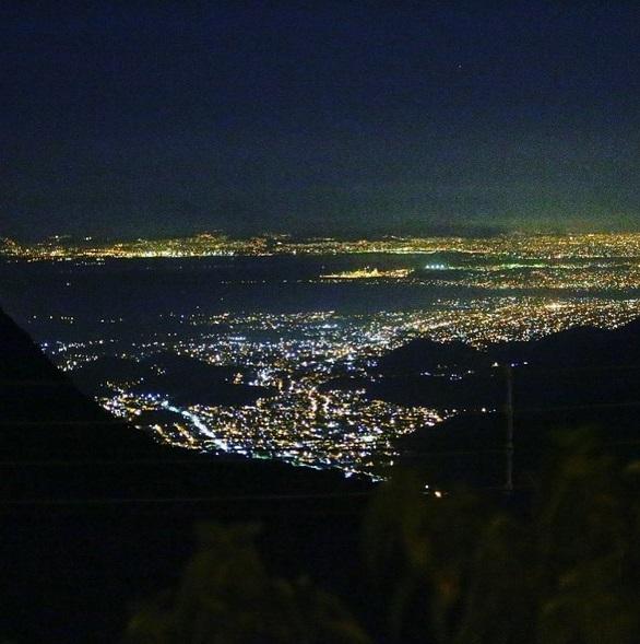 Image result for petropolis serra a noite