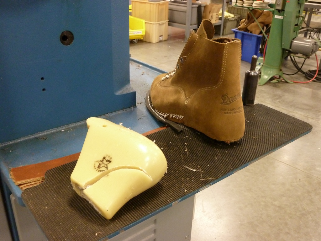 Acl Field Trip Danner S Boot Factory A Continuous Lean