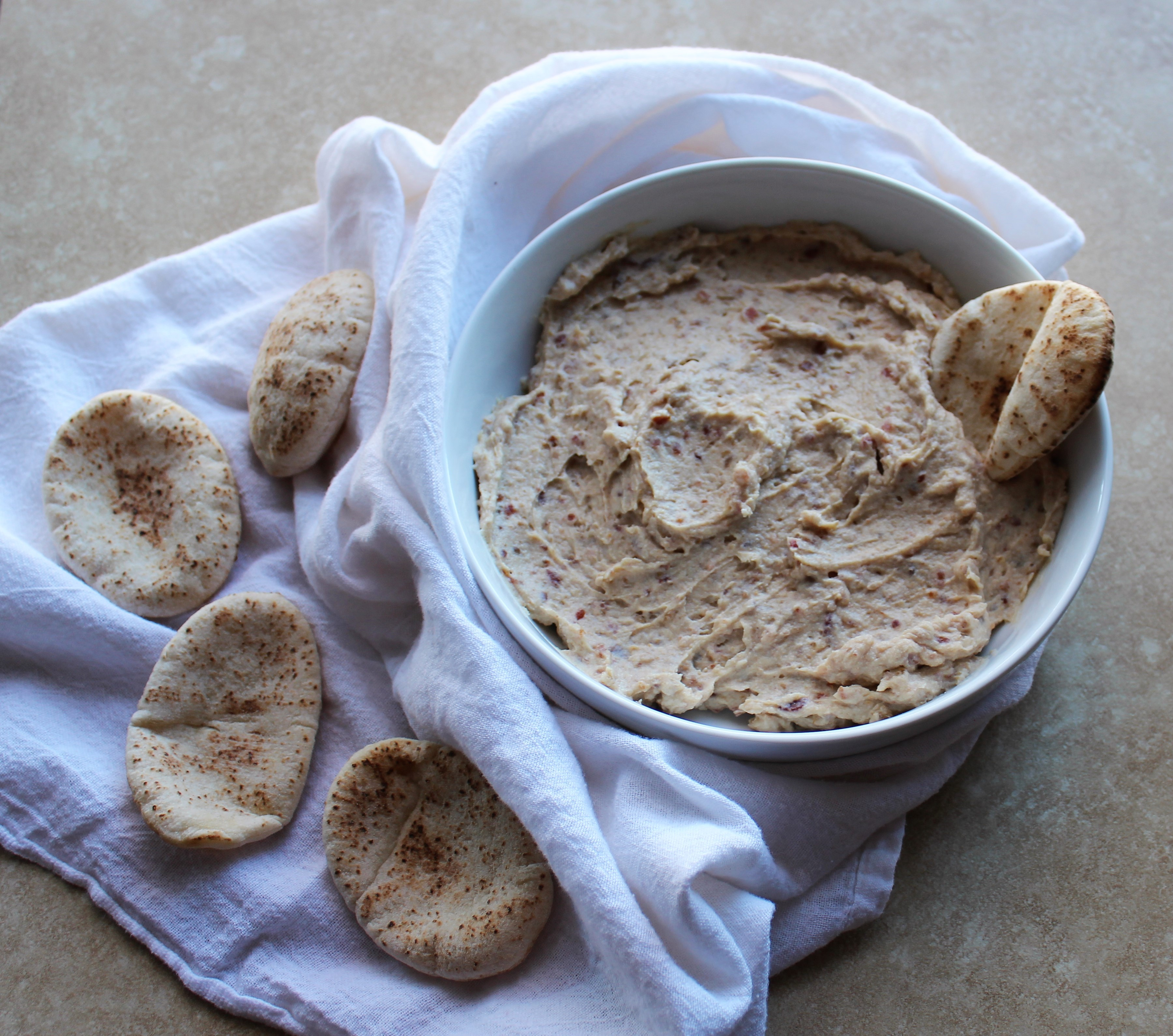 Ricotta Bacon Date Dip 1