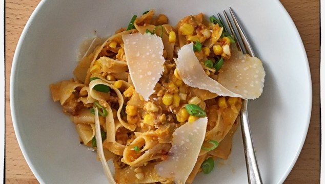 Seasonal treat – Pappardelle with roasted corn and peppers