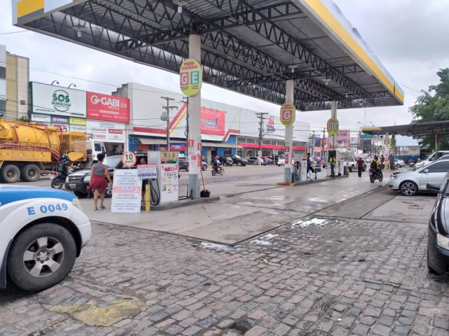 With the rise in the price of gasoline, drivers and taxi drivers regret leaving their profession in Feira de Santana