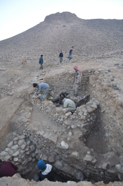 Excavations at the Late Neolithic site of Wadi Fidan 61 in Jordan's Wadi Arabah.