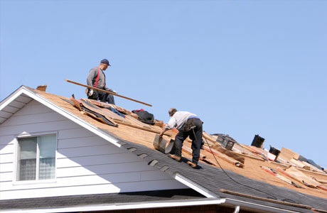 Roofing-Contractors-Installing-Northridge-Ca