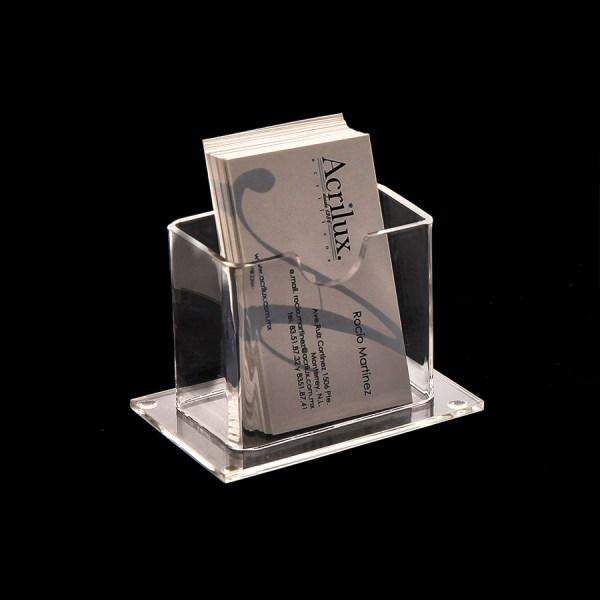 Porta tarjetas de presentación en acrílico.