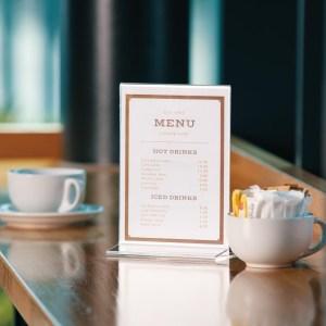 Display elaborado en acrílico resistentes y elegantes para restaurante