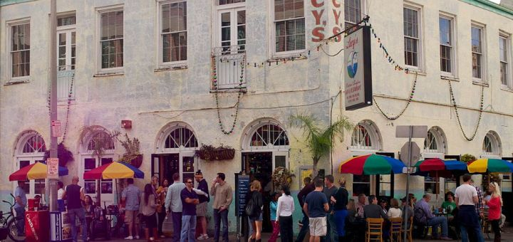 Lucy's Retired Surfer Bar New Orleans