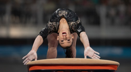 Giorgia Villa of Italy performs on the vault