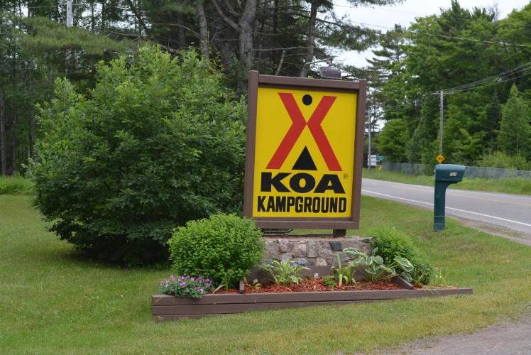 SOO KOA Sign