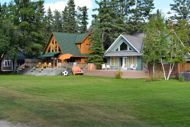 lakeside-cottages-at-waskesiu