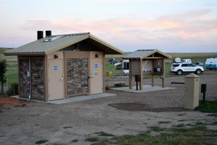 pit-toilets-at-grasslands-np