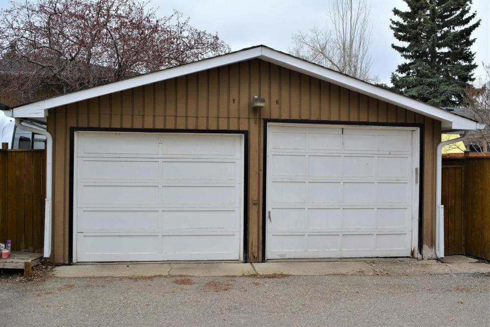 Two bay, two car garage