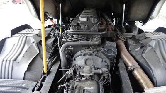 Zugang zum 11-Liter Motor