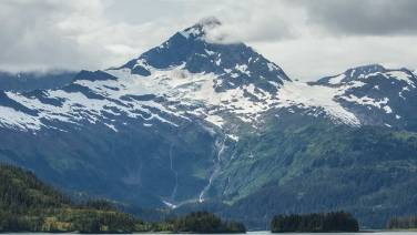 Sogar das Matterhorn haben sie kopiert :-)