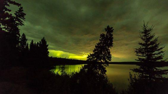 Unsere ersten Nordlichter! Wir sind total begeistert von diesem Naturschauspiel.