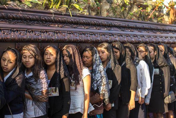 Prozession der Frauen.